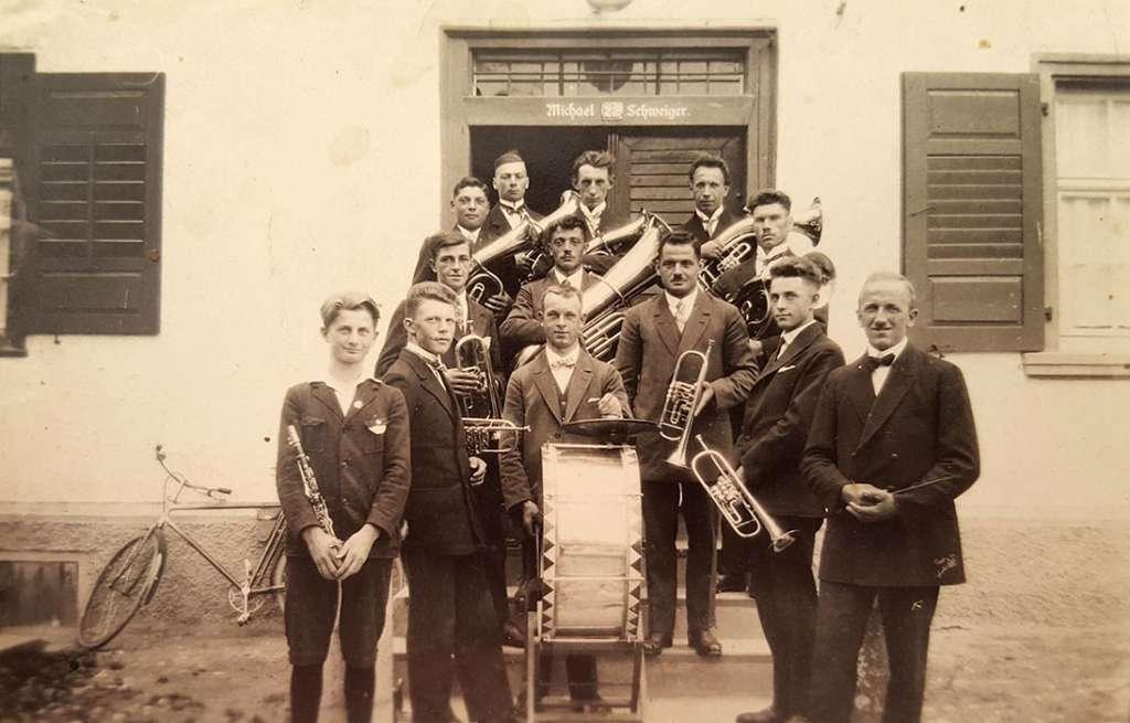 Gründung des Musikvereins als Blasorchester